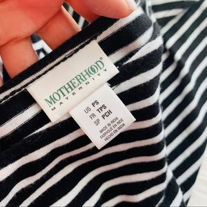 Motherhood Maternity Dresses - {Motherhood Maternity} Striped Maxi Dress